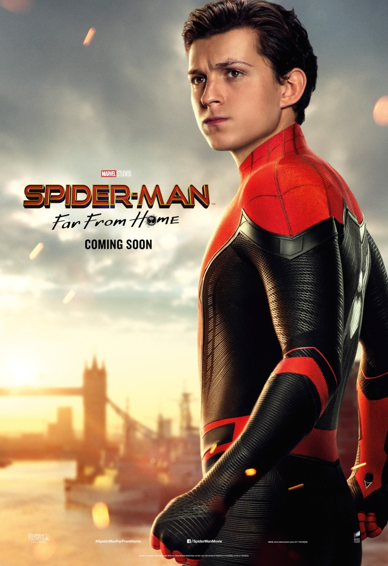 spiderman_far_from_home_ver8_xxlg.jpg